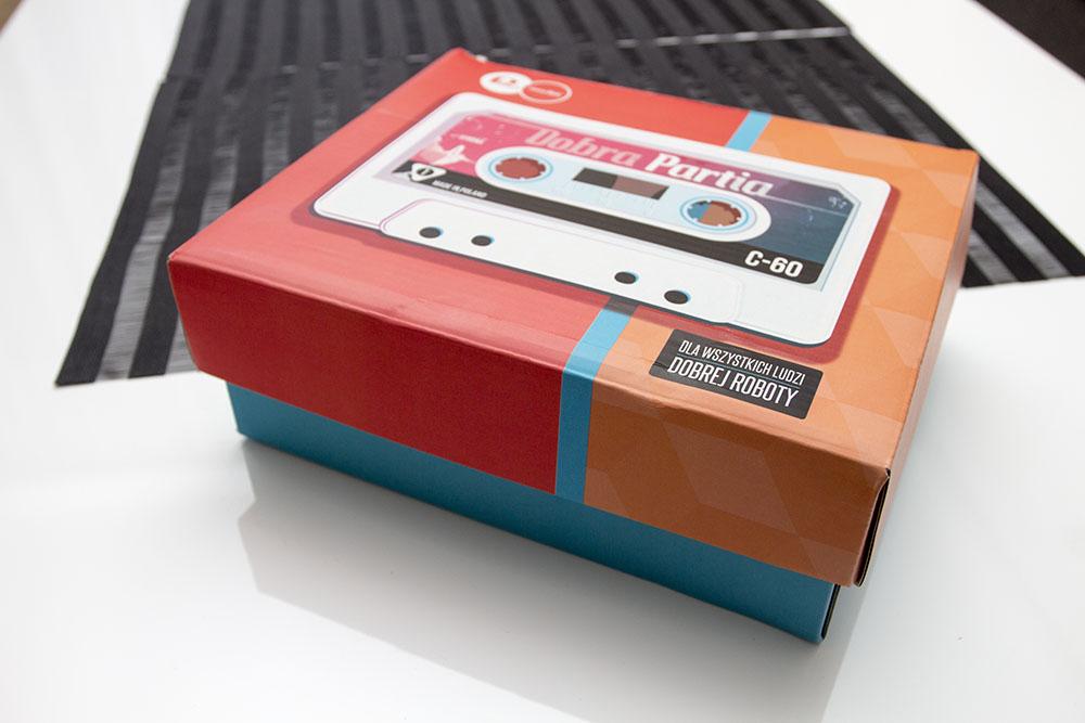 listopadowe pudełko shinybox kosmetyki za darmo