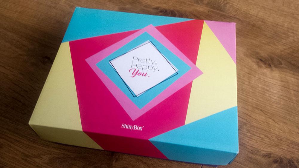 pudełko z kosmetykami Shinybox maj 2017