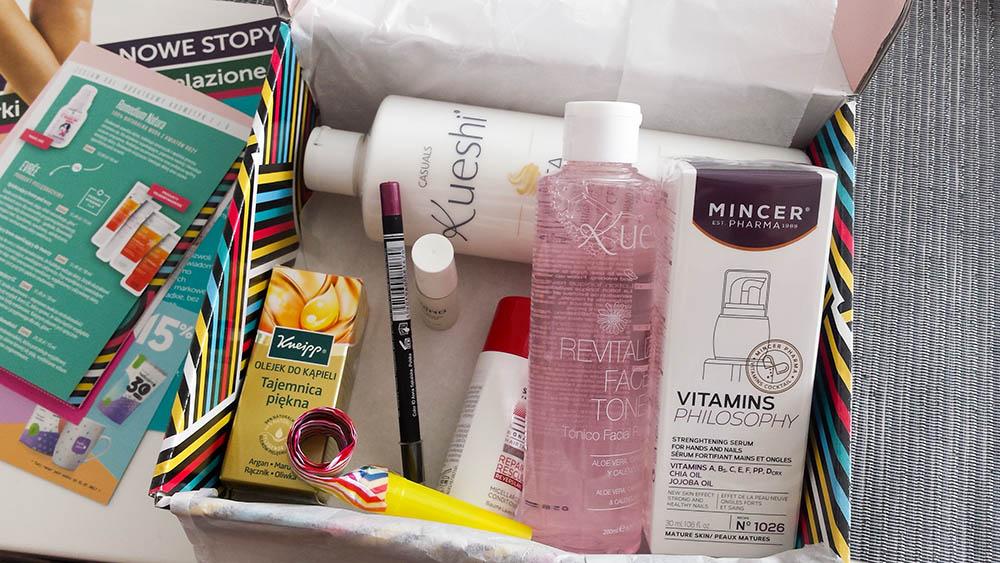 shinybox czerwiec 2017 pełen kosmetykow
