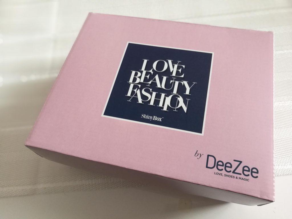 listopadowe pudełko z kosmetykami shinybox