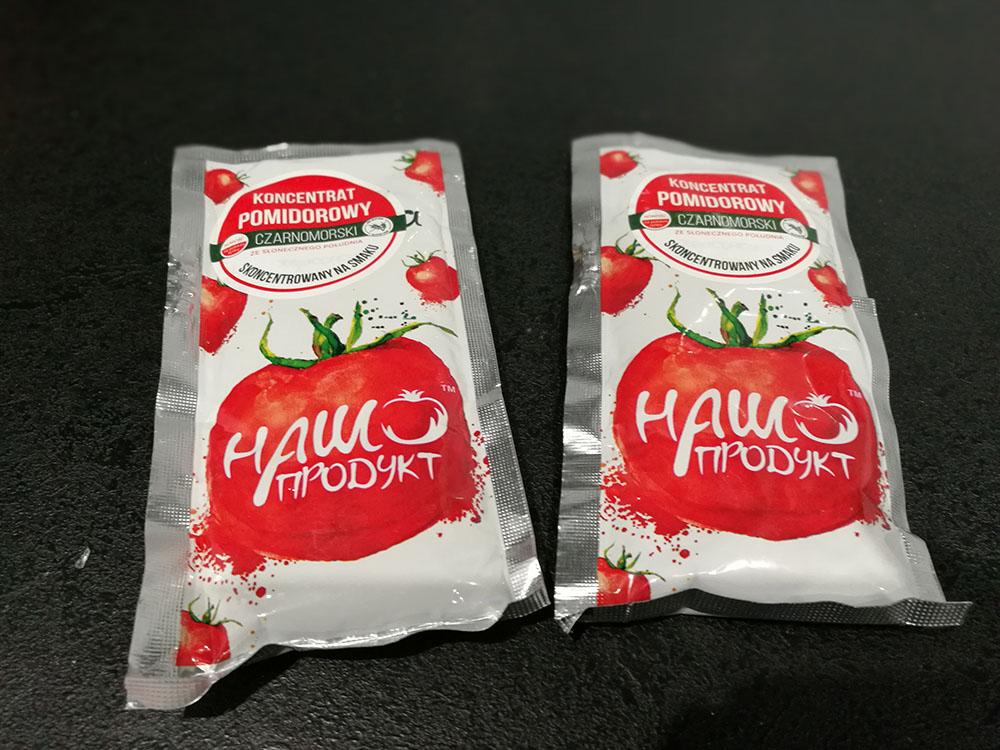 próbki przecieru pomidorowego tomaty