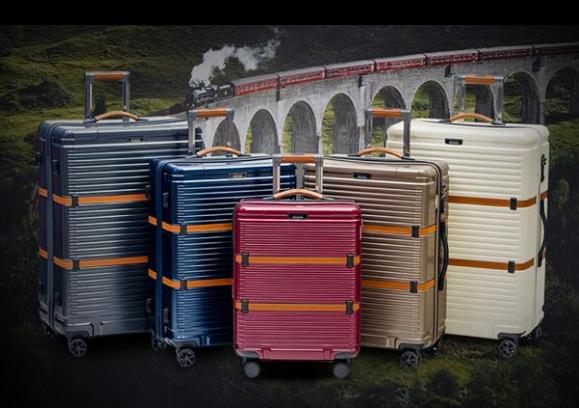 zestawy-walizek_zakup