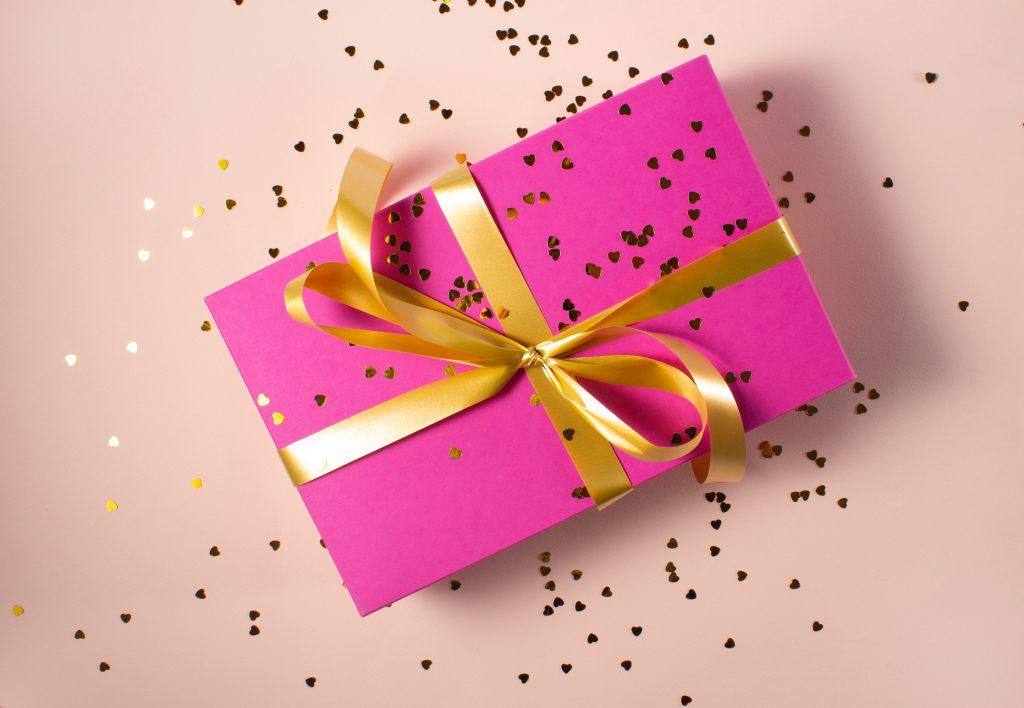 8 prezentów, które pokocha każda kobieta